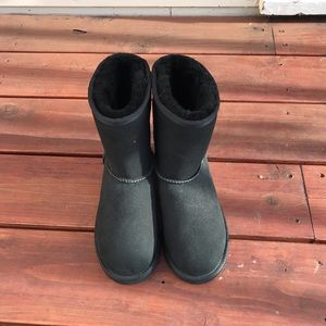 GIRL UGGS Classic Boot